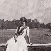 Mina Preuss vor der Trisselwand in Altaussee