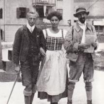 Paul Preuss, Emmy Eisenberg und Walter Schmidtkuns (mit Hut) Grödnertal - 12.08.1911
