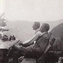 Paul Preuss (i.Vg.) mit seinem Freund Karl Reinl